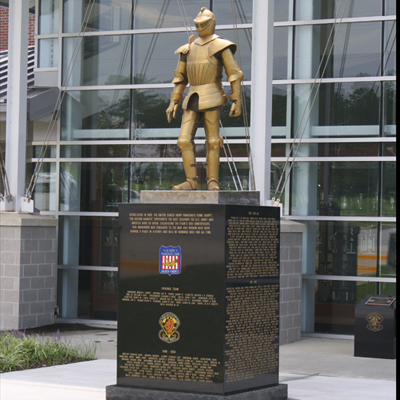 Golden Knights Memorial Statue, Fort Bragg. Photo courtesy of Golden Knights Alumni Association