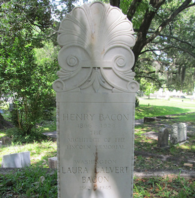 Henry Bacon Grave Marker, Oakdale Cemetery, Wilmington. Photograph courtesy of Natasha Smith