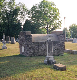Graves of James Lawrence Dusenbery, his sister Cornelia Dusenbery